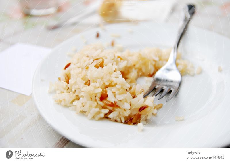 Mjam ! Rice Nutrition Turkey Delicious Fork Glittering Plate Lunch Midday Appetite Full Society Meal Food Dish Gastronomy Vegetarian diet Kitchen lunch table