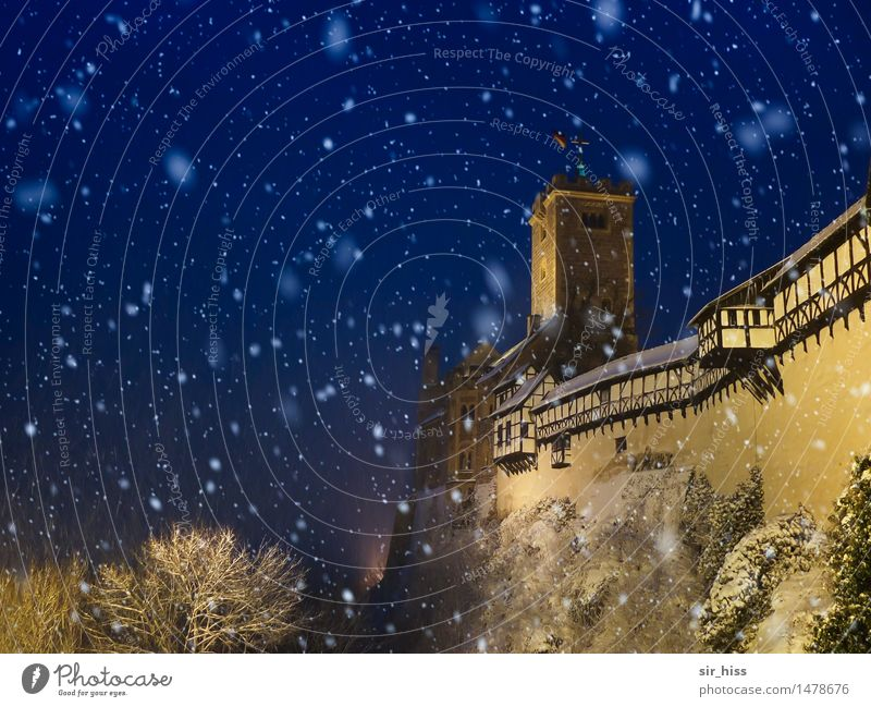 Let it snow Wind Ice Frost Snow Snowfall Eisenach Old town Hut Castle Wall (barrier) Wall (building) Roof Tourist Attraction Landmark Monument Wartburg castle