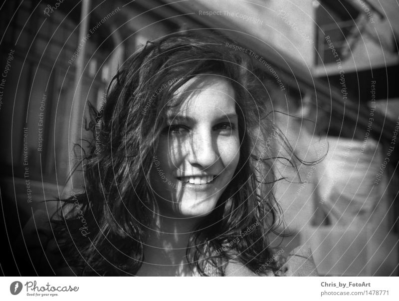 chris_by_photoart Young woman Youth (Young adults) Woman Adults 1 Human being 8 - 13 years Child Infancy Facade Coat Brunette Long-haired Smiling Looking