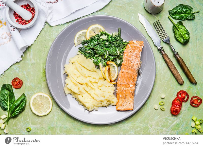 Salmon with spinach and mashed potatoes Food Fish Vegetable Lettuce Salad Herbs and spices Nutrition Lunch Dinner Banquet Organic produce Vegetarian diet Diet