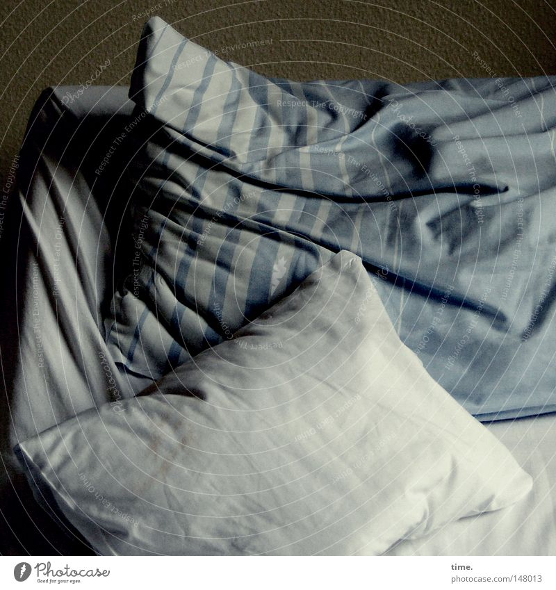 ward III, room 14 Bedroom Cloth Dark Blue White Cushion Dim Hospital bed Bedclothes Wrinkles Cotton Colour photo Subdued colour Interior shot Pattern Deserted