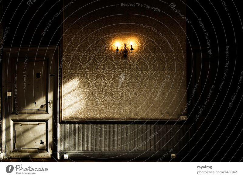 Old Loneliness Yellow Architecture Wood Style Lamp Door Gloomy Derelict Historic Wallpaper Baroque Old fashioned Colorless