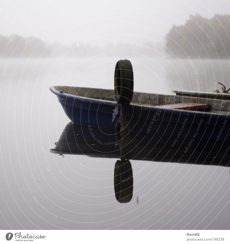 Water Calm Dark Cold Relaxation Autumn Gray Lake Watercraft Fog Drops of water Frost Harbour Dew Pond Haze