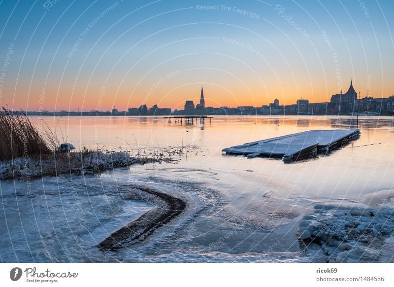 View over the Warnow to Rostock Vacation & Travel Winter House (Residential Structure) Nature Landscape Weather Ice Frost River bank Town Building Architecture