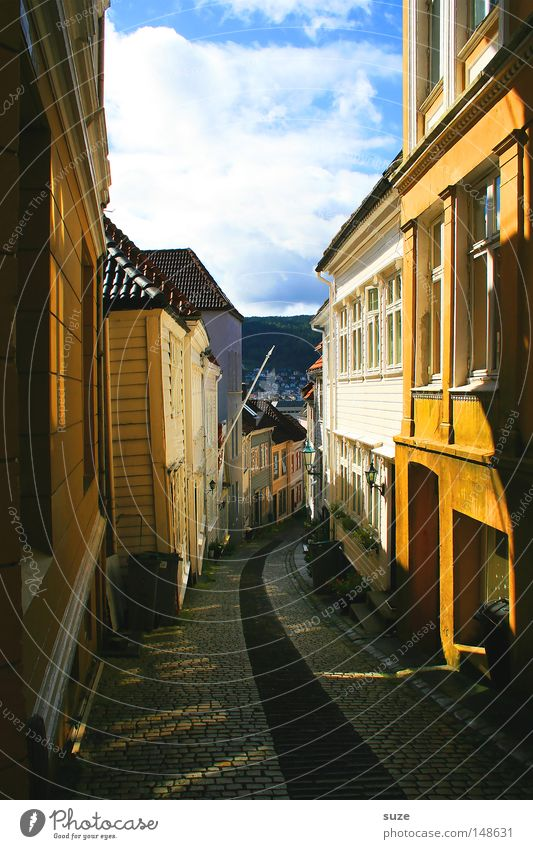 sun alley Summer Sun House (Residential Structure) Environment Sky Clouds Beautiful weather Small Town Deserted Facade Window Lanes & trails Footpath Going