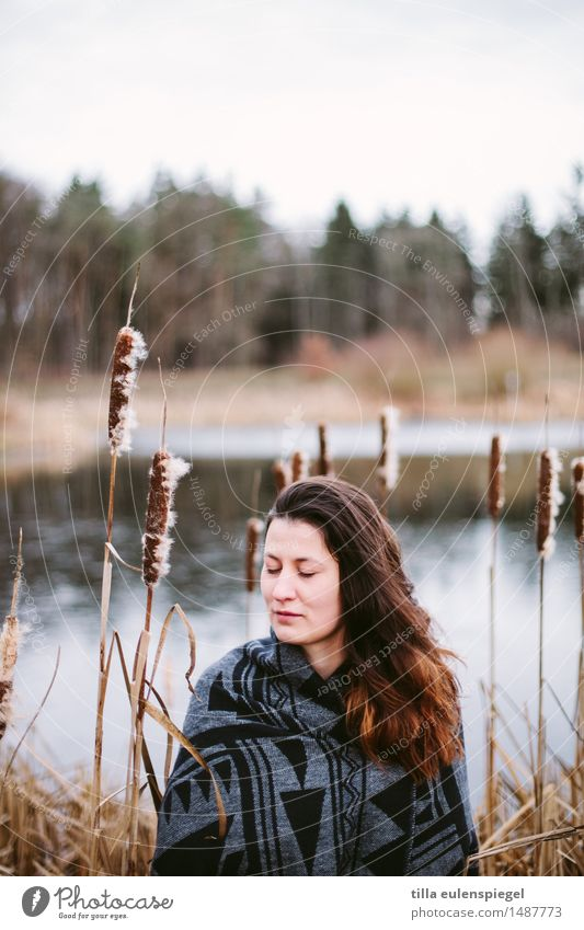 Human being Woman Nature Youth (Young adults) Plant Young woman Beautiful Water Relaxation Calm Winter Forest 18 - 30 years Adults Life Cold
