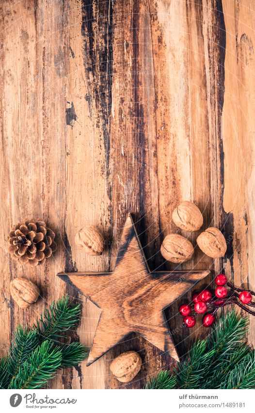 Old Christmas & Advent Green Red Calm Joy Winter Love Emotions Wood Feasts & Celebrations Brown Together Flat (apartment) Contentment Living or residing