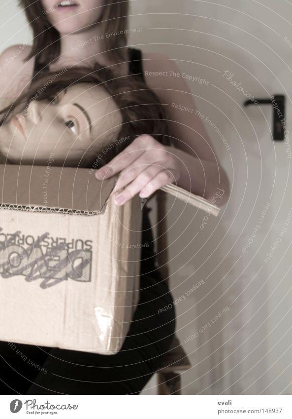 Woman Hand Head Arm Loudspeaker Doll Door handle Carton Amazed Packaging Undo