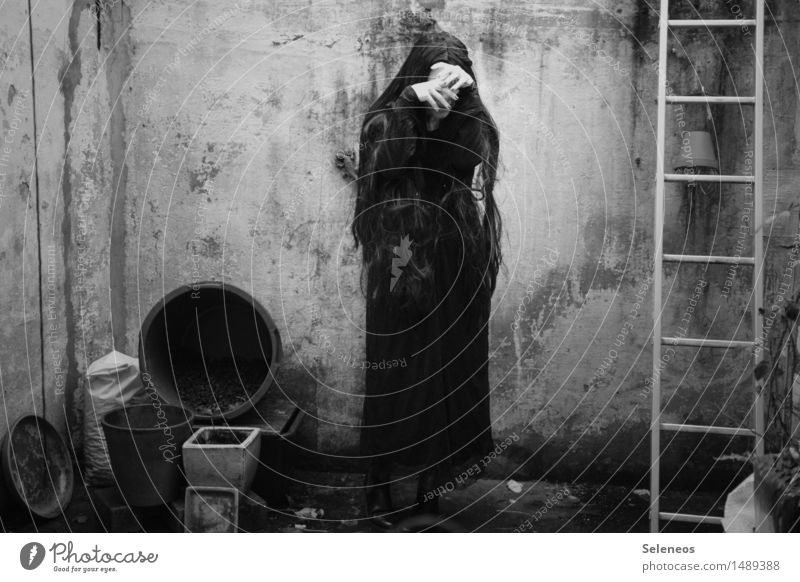 despair Human being Feminine 1 Manmade structures Building Facade Terrace Dress Black-haired Long-haired Sadness Emotions Concern Grief Death Disappointment
