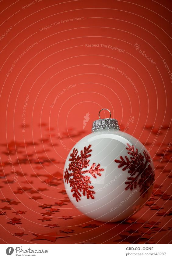 Christmas & Advent White Red Winter Bright Glass Glittering Star (Symbol) Round Decoration Sphere Colour Glitter Ball Public Holiday Fragile