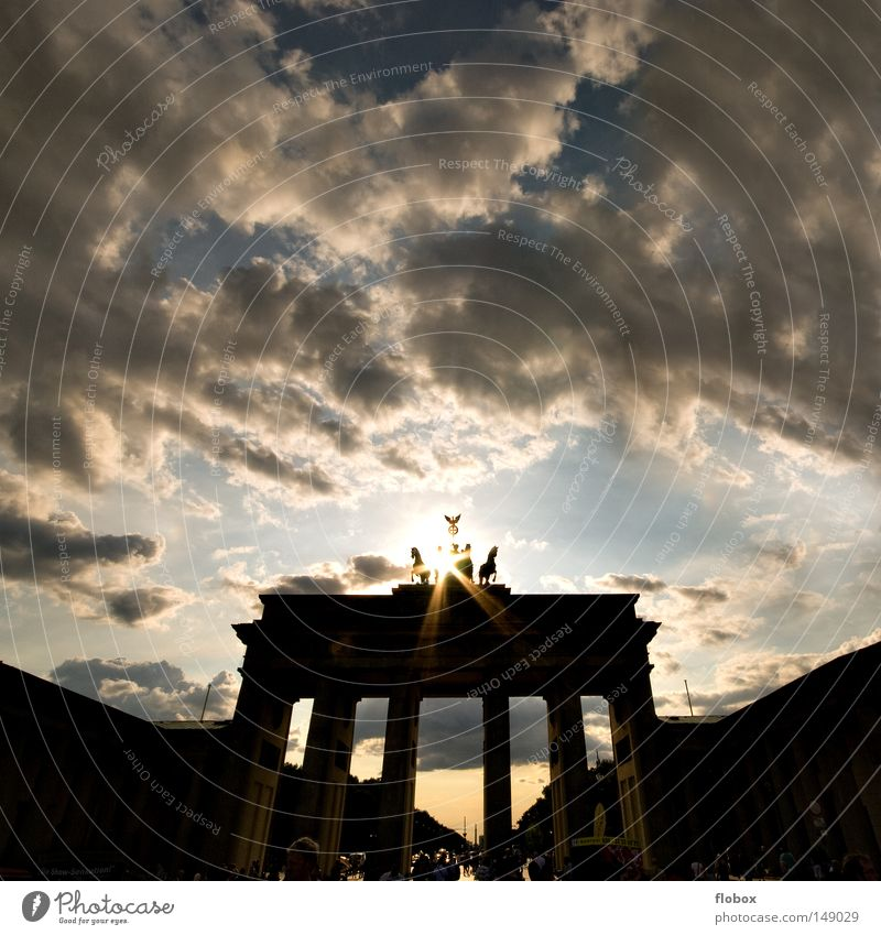Light II Berlin Brandenburg Gate Marketing Tourism Pariser Platz Unter den Linden Attraction Tourist Art Landmark Downtown Berlin East Monument