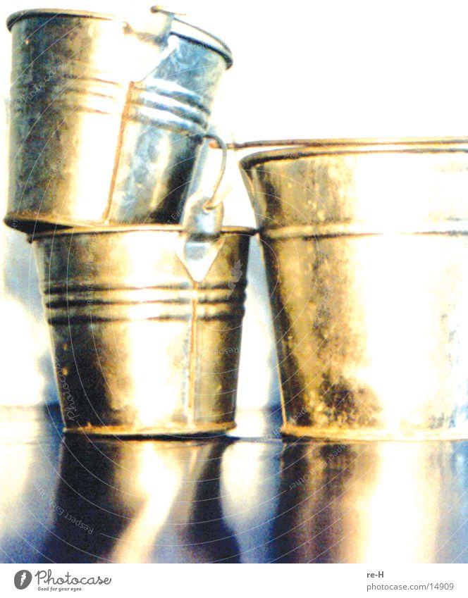 Living or residing Things Pot Bucket Flowerpot