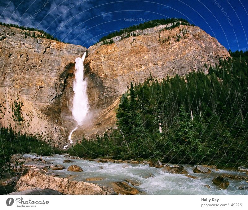 Water Sky Tree Blue Vacation & Travel Forest Mountain Hiking Rock Tall River Vantage point To fall Canada Deep Sudden fall