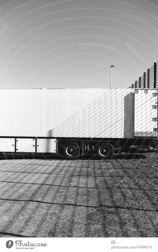 LORRY Logistics Cloudless sky Beautiful weather Places Transport Parking lot Vehicle Truck Fence Line Large Complex Stagnating Lack of parking spaces