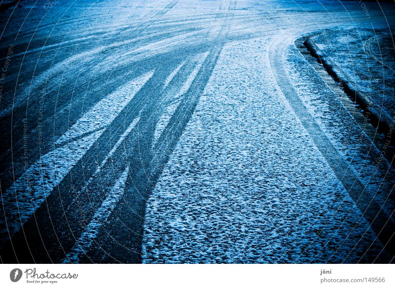 lane change Tracks Silhouette Powder snow Corner Air Wind Damp Wet Hard Street Indecisive Doubt Concrete Asphalt Dangerous Slippery surface Winter Snow Cold Ice