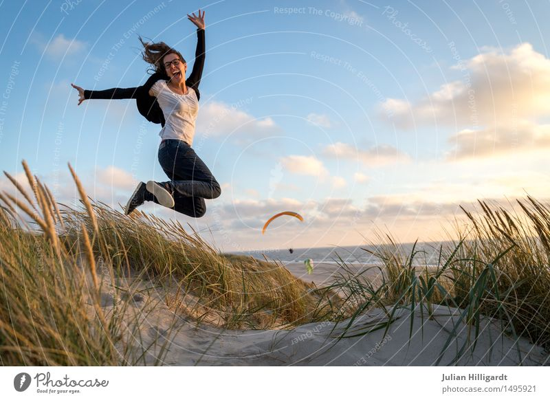 Human being Vacation & Travel Youth (Young adults) Summer Young woman Beautiful Ocean Beach 18 - 30 years Adults Emotions Lifestyle Grass Feminine Style