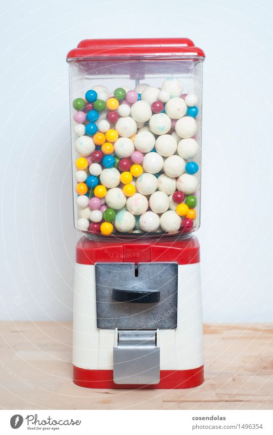 candy machine Chewing gum Design Happy Kitsch Odds and ends Paying Shopping Historic Curiosity Trashy Joy Anticipation Tight-fisted Avaricious Poverty Infancy