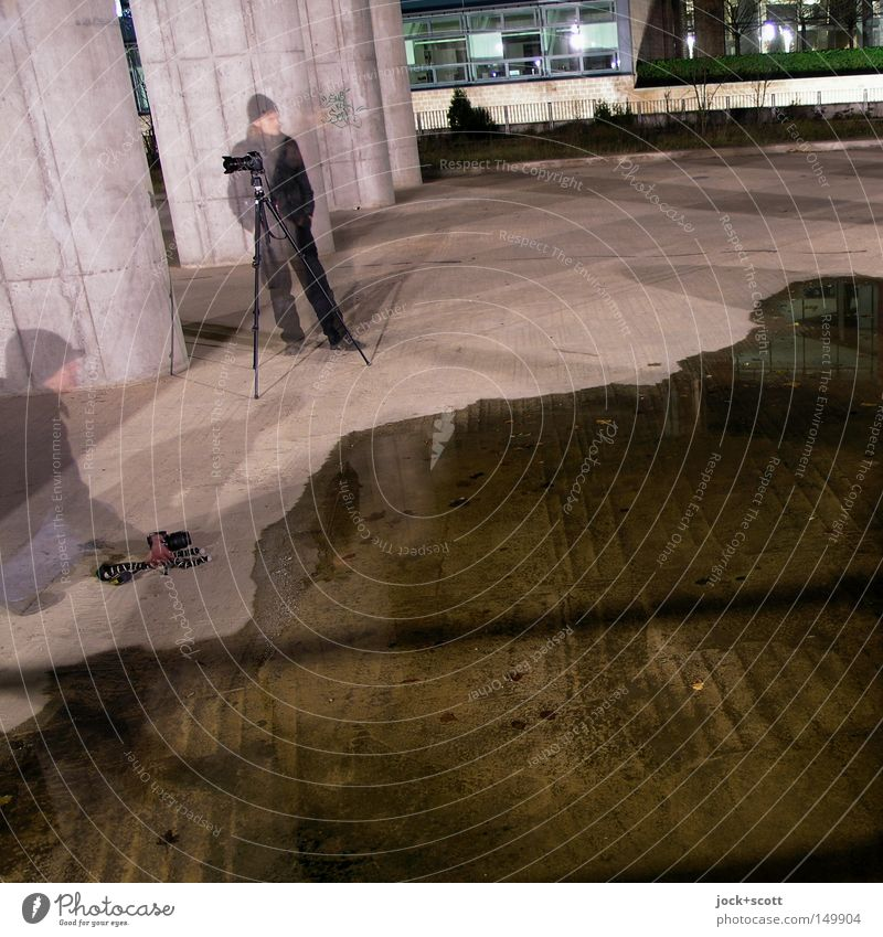Human being Man Water Winter Adults Cold Movement Together Action Concrete Observe Ground Posture Curiosity Camera Concentrate