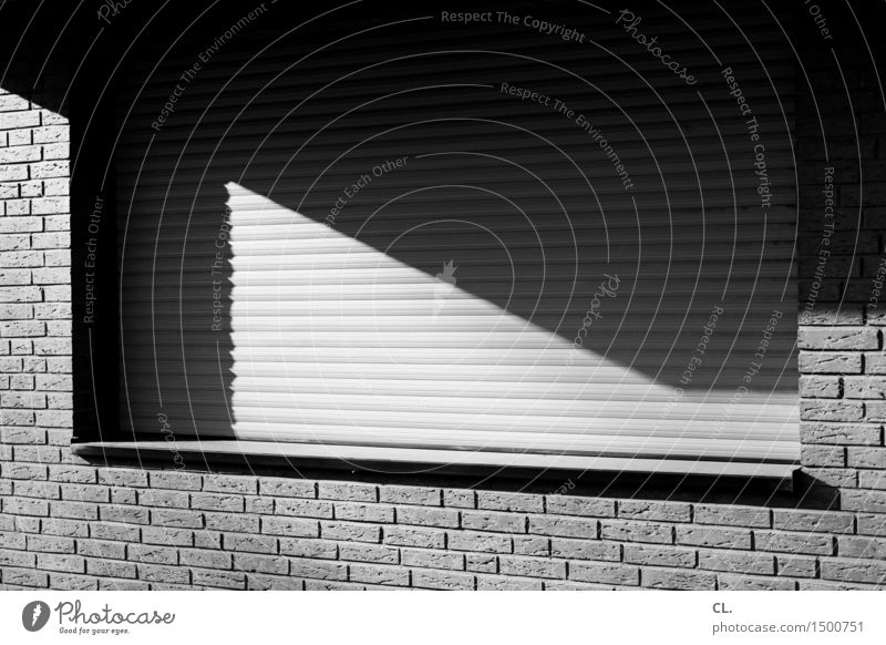 House (Residential Structure) Window Wall (building) Architecture Wall (barrier) Living or residing Brick Sharp-edged Detached house Window board