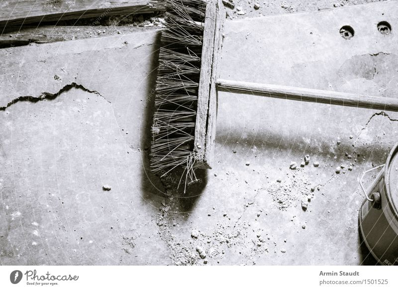 old broom in ruin Lifestyle Leisure and hobbies Old Work and employment Build Cleaning Dark Authentic Gray Moody Effort Reluctance Past Living or residing