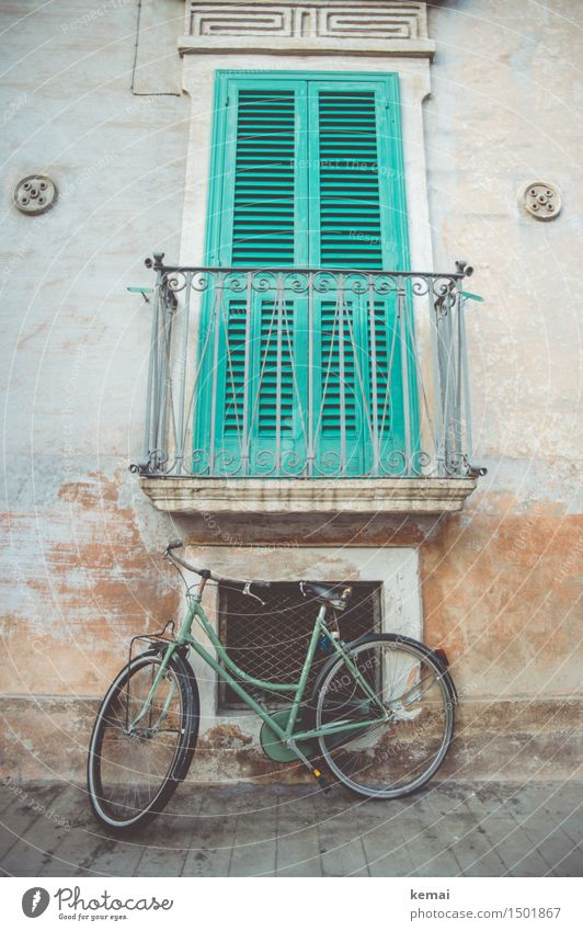 Trend colour green monopoly Apulia Italy Small Town Downtown Old town Deserted House (Residential Structure) Facade Balcony Window Transport Lanes & trails