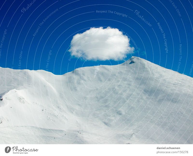 Sky Winter Mountain Snow Copy Space Tall Beautiful weather Picturesque Snowcapped peak Snowscape Blue sky Slope Snow layer Mountain ridge Winter mood Deep snow