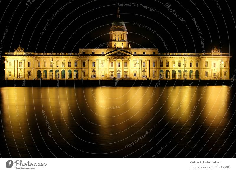 The Custom House Dublin Tourism Sightseeing City trip Environment Nature Water Night sky River Liffey Ireland Europe Capital city Downtown Palace
