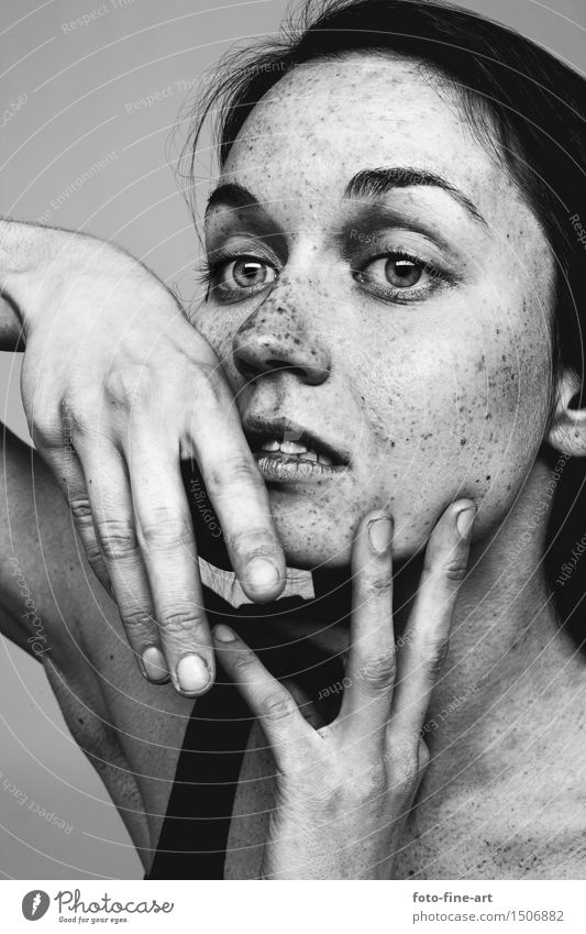 "Portrait ""Points of view"" Portrait photograph Face Wrinkle Freckles Dramatic Hand Skin Eyes Nose Identity Adjectives Mole Dramatic art Sadness Fingers"