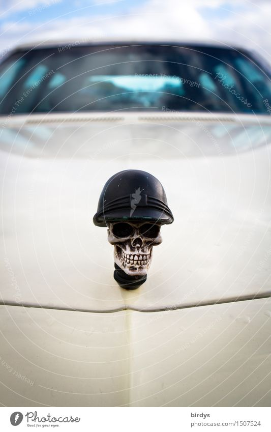 Dead can drive Motoring Car Road cruiser Death's head Helmet Radiator emblem Car Hood Windscreen Smiling Laughter Esthetic Threat Uniqueness Rebellious