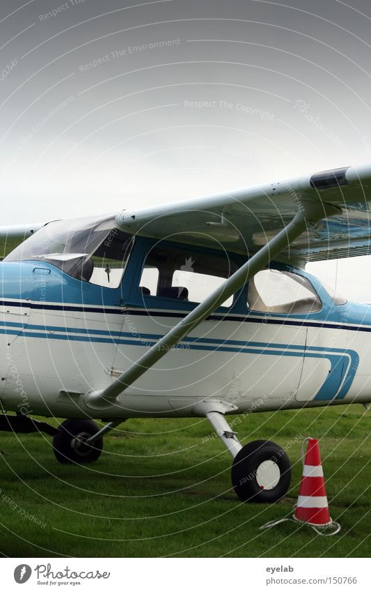 Sky Leisure and hobbies Flying Airplane Aviation Industry Technology Lawn Wing Airport Wheel Machinery Runway Driver's cab Two-seater