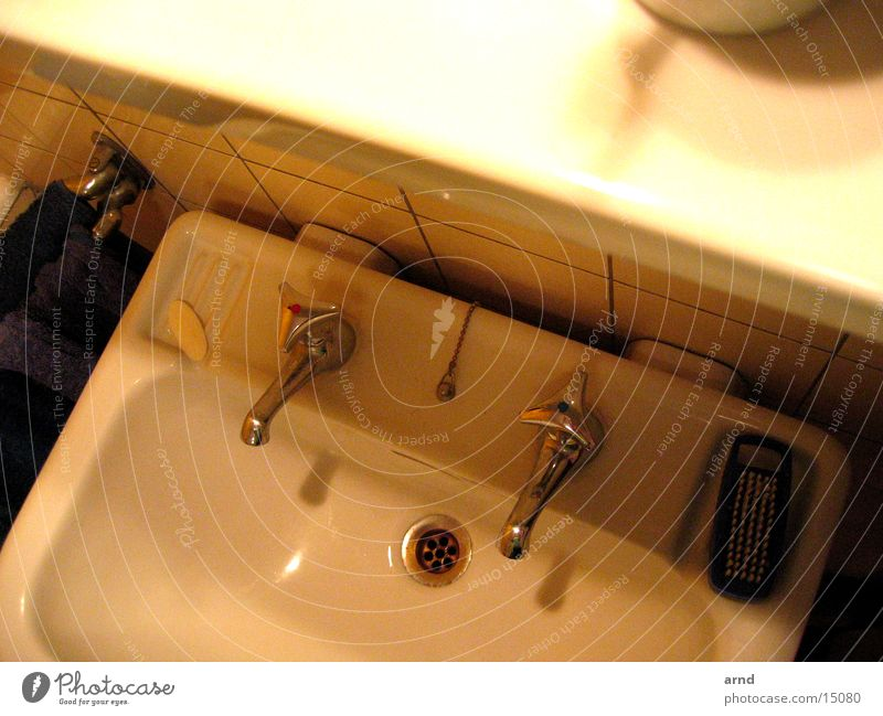 bath at night Sink Bathroom Room Drainage Rack Living or residing Water Crazy Evening Crockery Tap