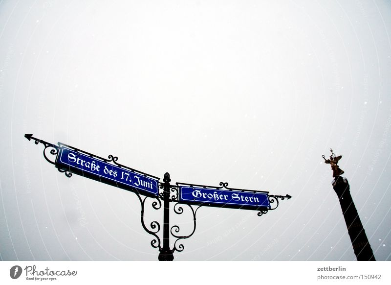 Berlin Road traffic Signs and labeling Kitsch Arrow Direction Monument Historic Landmark Ancient Capital city Street sign Goldelse victory statue Victory column