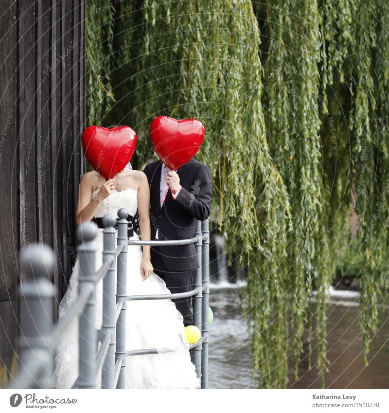 <3 Joy Happy Well-being Flirt Feasts & Celebrations Wedding Human being Woman Adults Man Partner 2 Dress Suit Wedding dress Balloon Red Black White Together