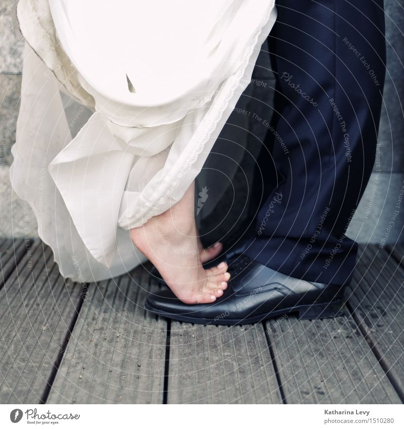 lift me ab Feasts & Celebrations Wedding Woman Adults Man Couple Feet 2 Human being Clothing Dress Suit Footwear To hold on Playing Black White Trust Love