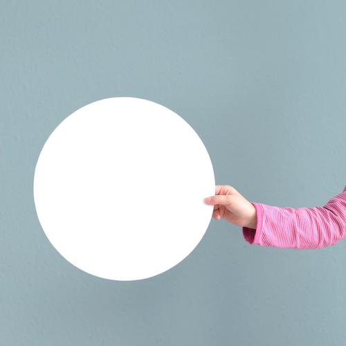 O Parenting Education Child School Study Toddler Girl Hand 1 Human being 3 - 8 years Infancy Round Blue Pink White Circle Circular Stop Background picture