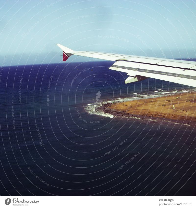 Water Sky Ocean Summer Beach Vacation & Travel Coast Airplane Flying Aviation Island Travel photography Wing Airplane landing Mainland
