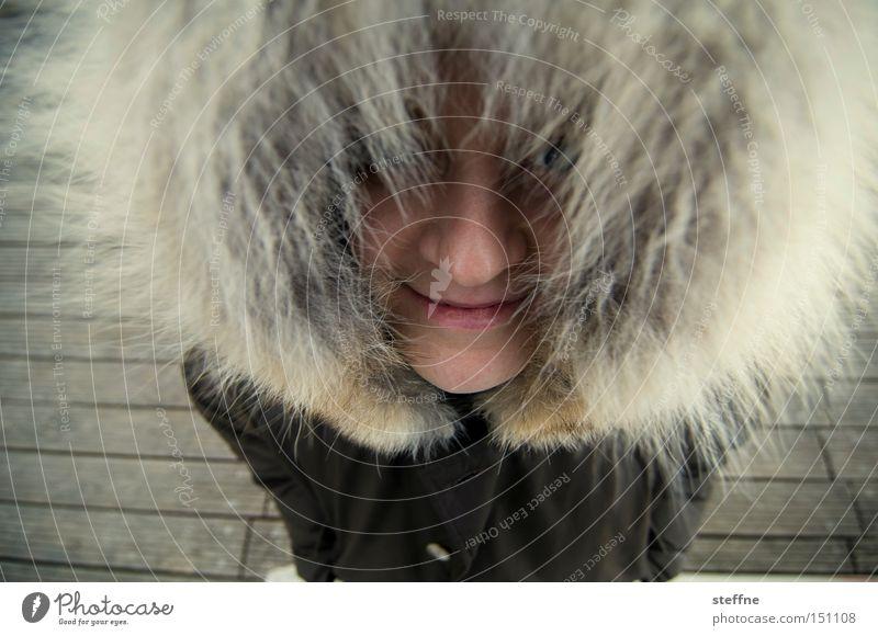 Woman Joy Coast Funny Pelt Lady Footbridge Hooded (clothing) Spree Inuit