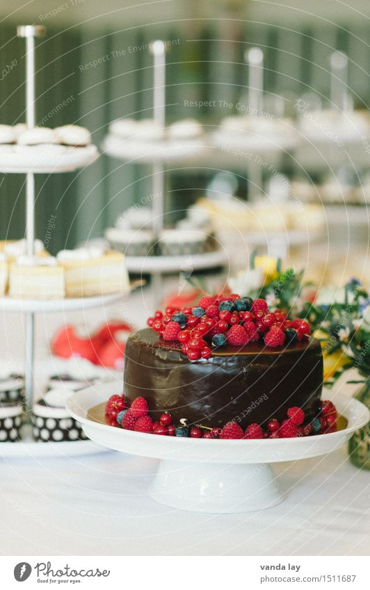 Healthy Eating Feasts & Celebrations Food Nutrition Wedding Delicious Candy Overweight Cake Luxury Dessert Chocolate Strawberry Banquet Gateau