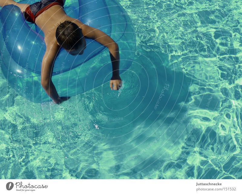 longing Swimming pool Child Boy (child) Summer Blue Turquoise Water Relaxation Peace Juttas snail Float in the water Swimming & Bathing Youth (Young adults)