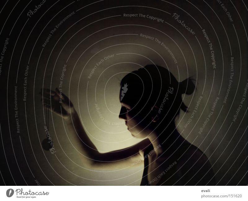 On a besoin de temps pour nous Portrait photograph Fob watch Light Shadow Dark Woman Time