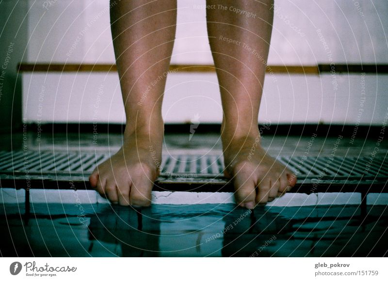 Cold legs. Legs Water Girl Drape Drops of water Stand Stands Fingers Blue Human being Things