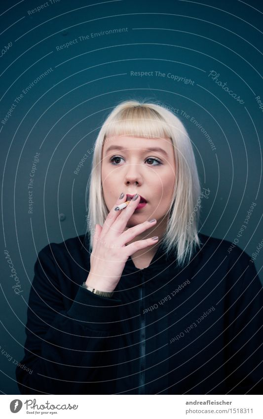smoking kills Feminine Young woman Youth (Young adults) 1 Human being 18 - 30 years Adults Jacket Cloth Blonde Gray-haired White-haired Short-haired Bangs