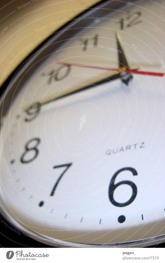 a quarter to 12 Clock Forwards Photographic technology Quarter Short Business Time
