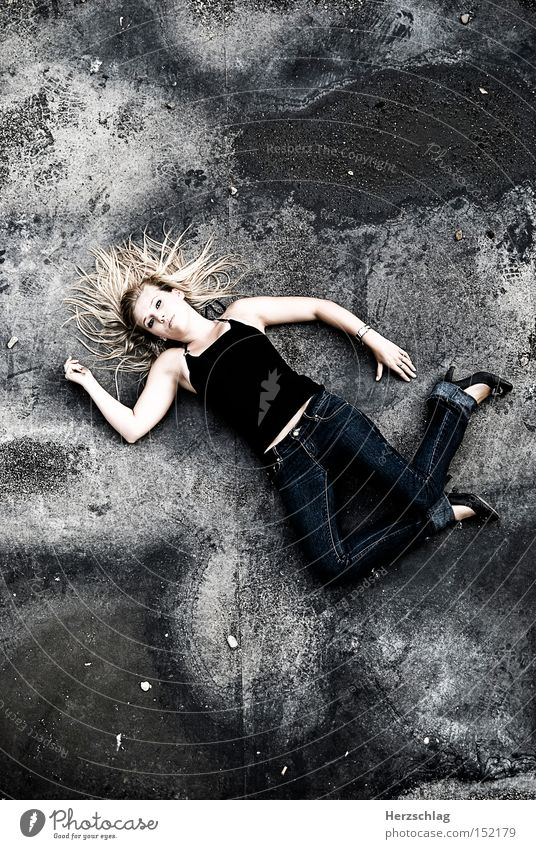 Traps Beauty To fall Dirty Innocent Blonde Woman Fear Grief Distress Beautiful lost Youth (Young adults)