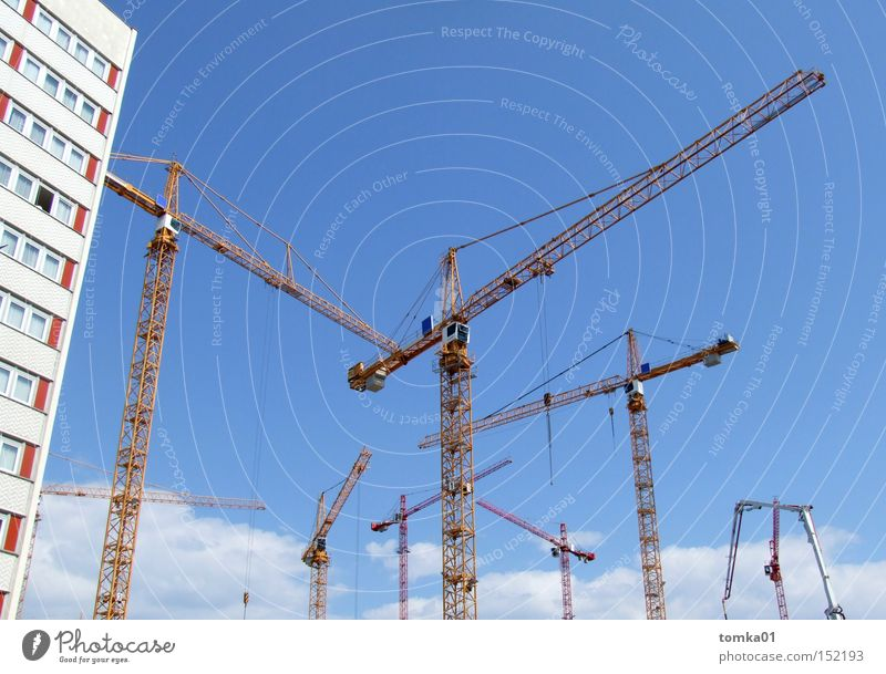 Sky City House (Residential Structure) Architecture Work and employment High-rise Tall Industry Construction site Middle Hotel Craft (trade) Dresden Machinery Sporting event Crane