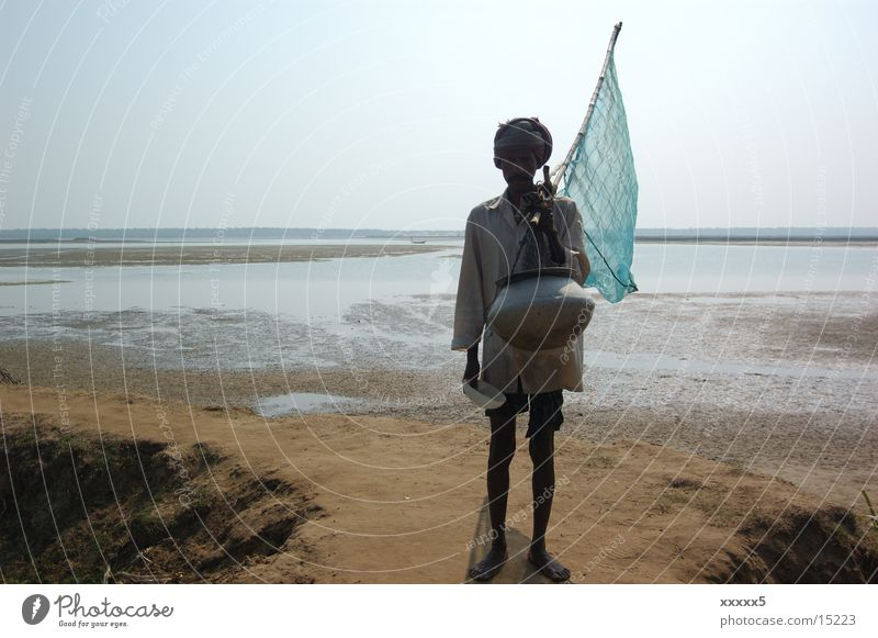 Fisherman with flag Doomed India Panorama (View) Fishermen at sea Poverty no hope Large