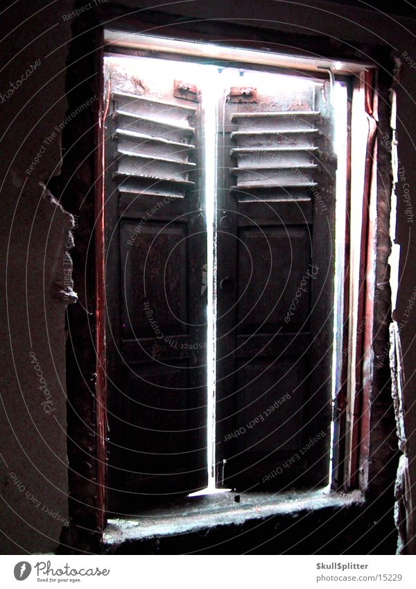 Sun House (Residential Structure) Window Architecture Dismantling