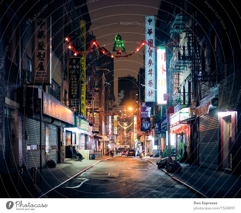Christmas in Chinatown Vacation & Travel Tourism City trip Christmas & Advent New York City Town Deserted House (Residential Structure) Facade
