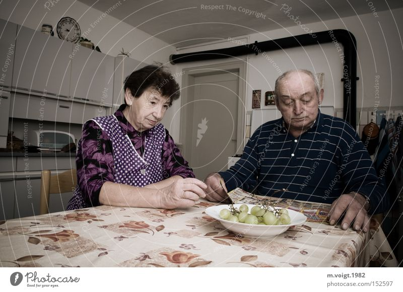 Silence in everyday life Couple Senior citizen Matrimony Grandmother Grandfather Calm Frustration Kitchen Retro Problem Old To be silent Sit Transience 70+ jog