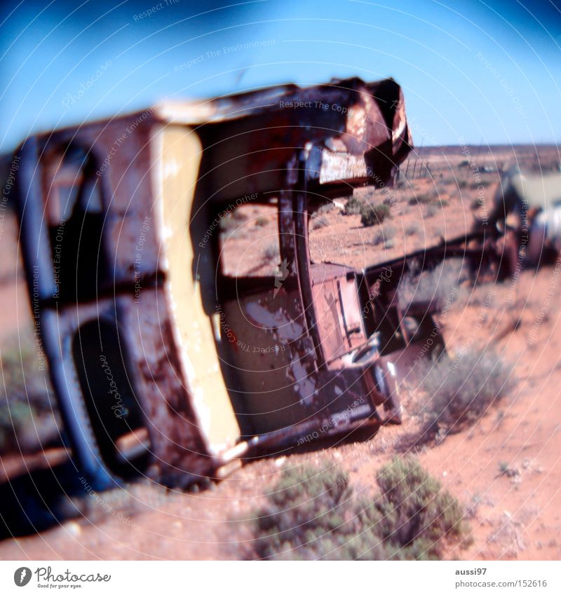 Pa Walton had an accident. Wrecked car Desert Warmth Accident Motor vehicle Sand Derelict Transport Car unscathed